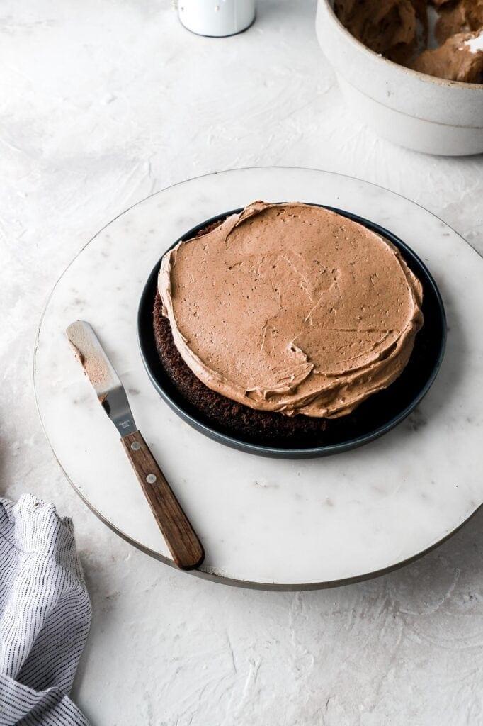 spread chocolate diplomat cream on cake