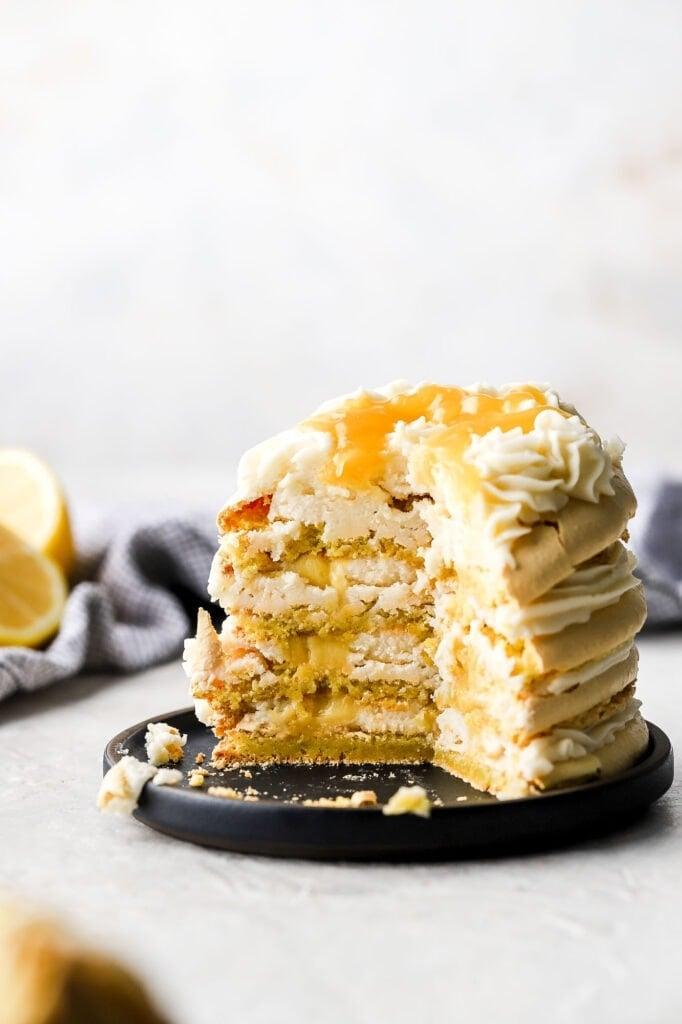 lemon macaron cake