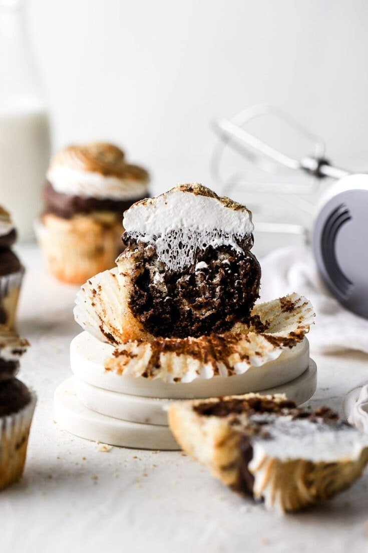 S'mores Cupcakes with Chocolate Buttercream and Meringue